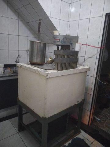 Máquina de fabricar picolés e sorvetes . - Foto 4