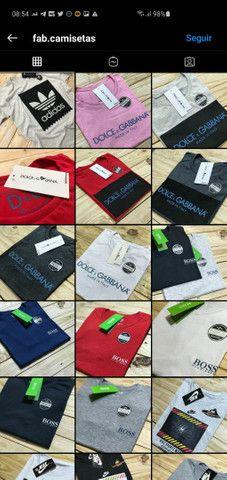 Camisetas no padrão shopping