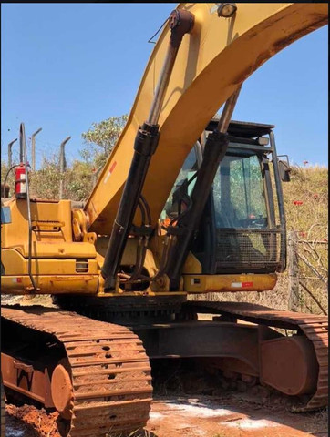 *Escavadeira Cat, Modelo 320D, ano 2011, com 9 mil horas - Foto 3