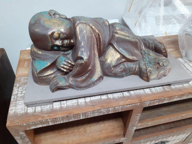 Estatueta Monge budista- Jardim externo