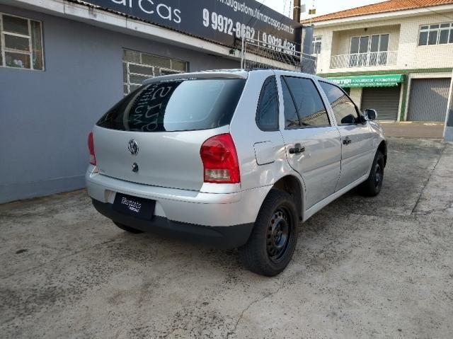 Volkswagen Gol 1.6 MI FLEX 4P G.IV - Foto 4