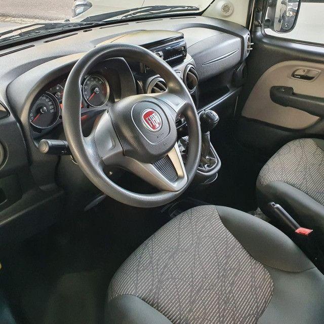 Fiat Doblo Essence 1.8 7L 2019 - Foto 3