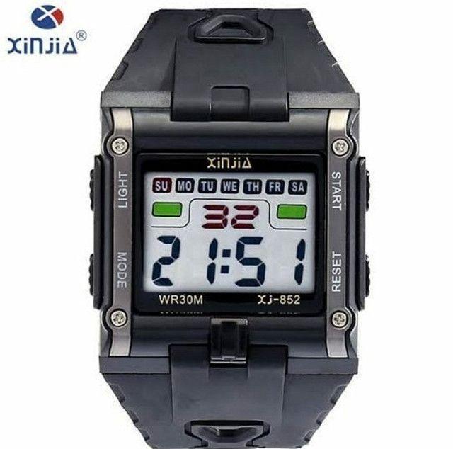 Relógio Masculino Digital Xinjia Prova de Água