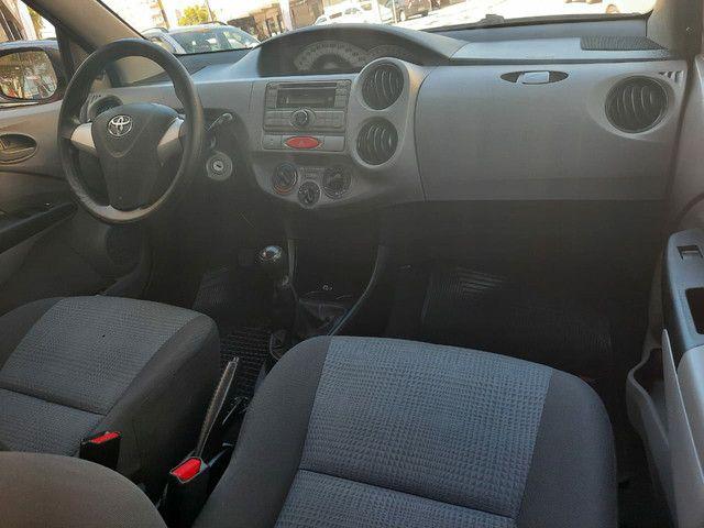 Toyota Etios Hatch Xs 1.3 Flex 2013 - Foto 13