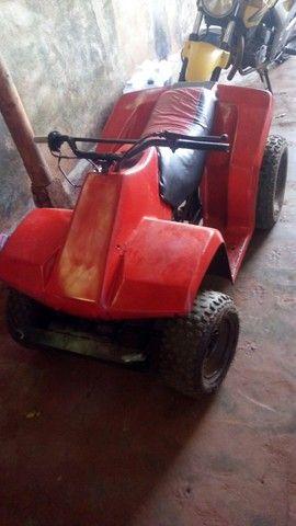 Vendo quadriciclo com motor 50 cc valor 1200 - Foto 2