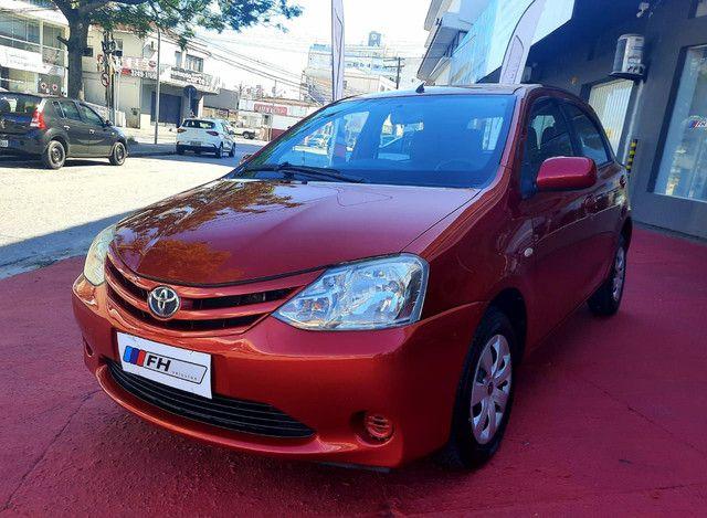Toyota Etios Hatch Xs 1.3 Flex 2013