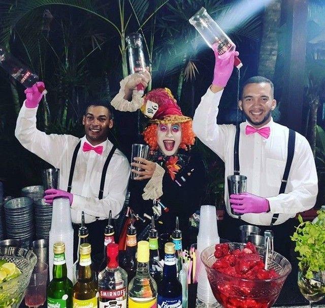 Bartender e Garçom, com experiência para sua festa