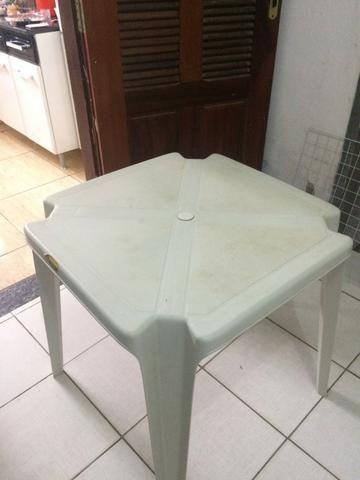 Mesa de Plástico- Semi nova!!!