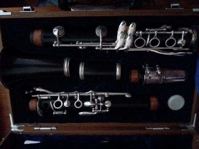 Clarinete Yamaha YCL-32 Vintage Conservadíssimo