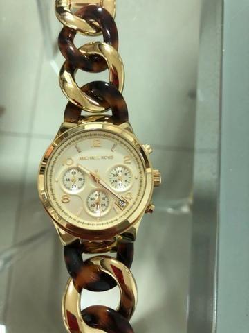 7393ba9ea5e Relógio feminino Michael Kors - Bijouterias