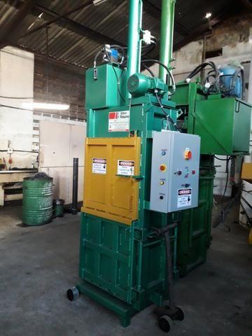Prensa Hidráulica Para Fardos de Reciclagem - Fardos de papelão, pet, alumínio, etc - Foto 4