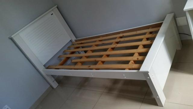 Cama solteiro madeira branca com colchão Ortobom, tudo em ótimo estado de conservação - Foto 3