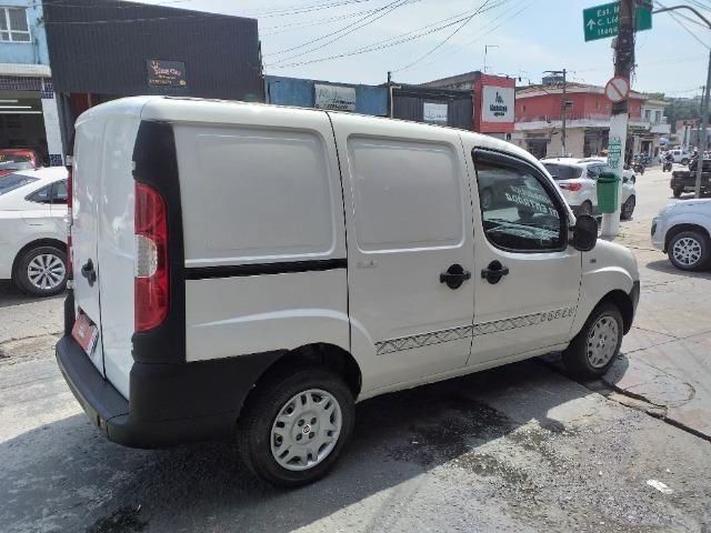 """Fiat Doblo 2015 com direção """"zero de entrada"""" - Foto 5"""