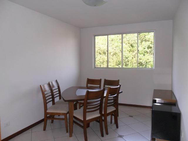 Apartamento Mobiliado, com 03 dormitórios - Água Verde - R$ 1.300,00 + taxas - Foto 2