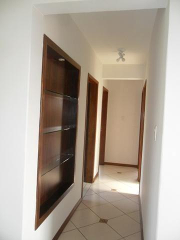 Apartamento Mobiliado, com 03 dormitórios - Água Verde - R$ 1.300,00 + taxas - Foto 4