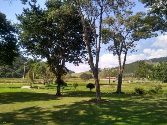 Fazenda centenária, com casarão histórico - Foto 18