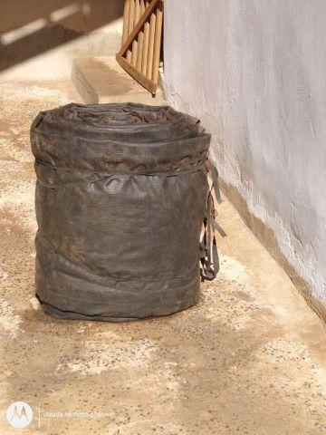 Tanque 300 litros e uma lona - Foto 3