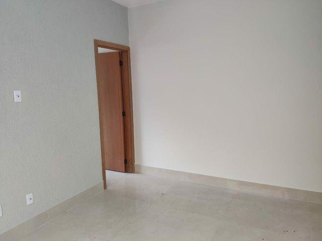 Última unidade Casa 3/4 c suite 97 m de area const e 180 m, no Alto da Glória. - Foto 2