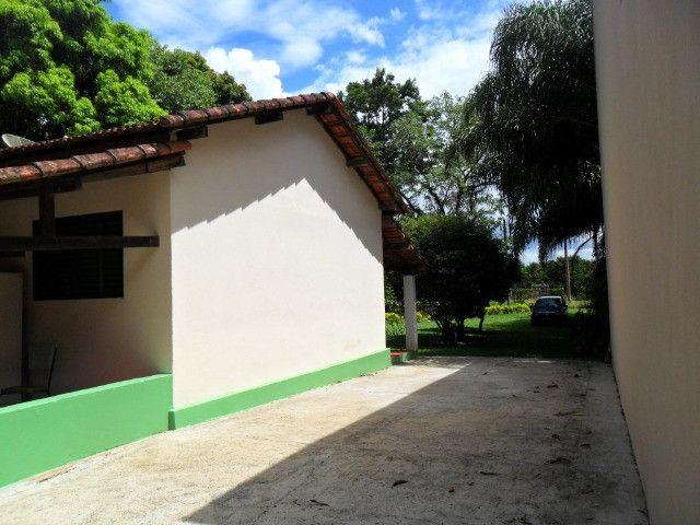 Linda chacara 1,100mt com casa de 3 dormitorios fundo para o rio mogi guaçu otimo local - Foto 4