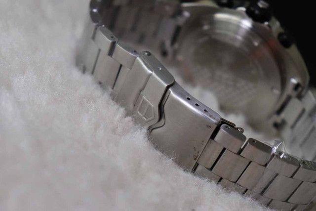 Relogio Modelo com pulseira Personalizada - ja é Vedado - Detalhes incríveis - Foto 4