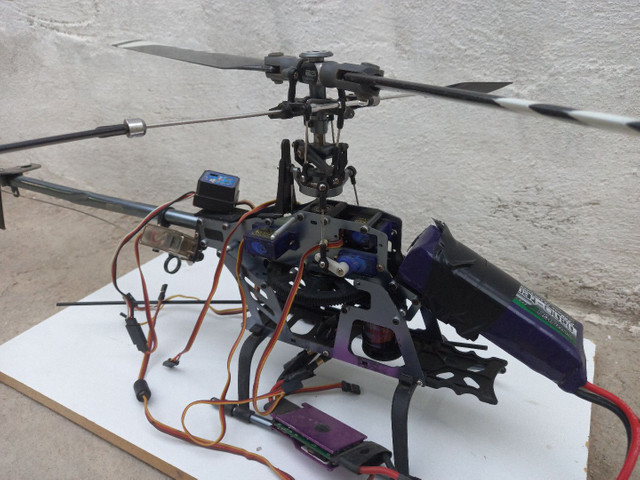 Helicóptero HK 450 + Rádio Turnigy 9X Original + Kit de Chaves Aling Trex Original - Foto 2