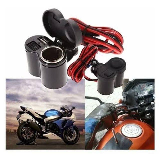 Adaptador P/ carregar celular na moto