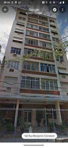 Apartamento Iluminado e Ventilado em Andar alto na Glória - Foto 19