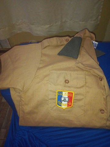 Camisa da escola militar