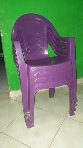 4 cadeiras semi Nova
