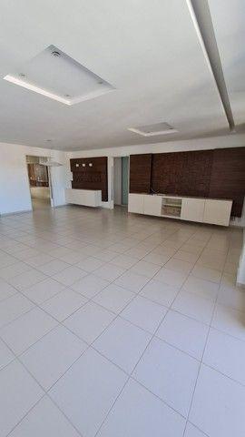 Apartamento com 3 suites, Suíte Master com banheira. Próximo a joao cancio  - Foto 2