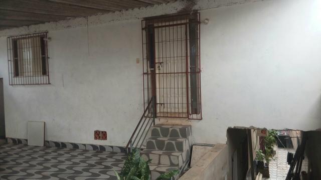 Casa bem localizada no castelo branco