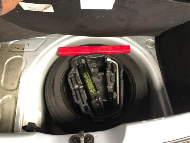 VW - VOLKSWAGEN FOX TRENDLINE 1.0 FLEX 8V 5P - Foto 12