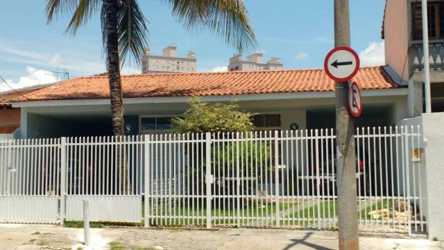Excelente Casa com 3 dormitórios à venda, no Centro de Jacareí/SP