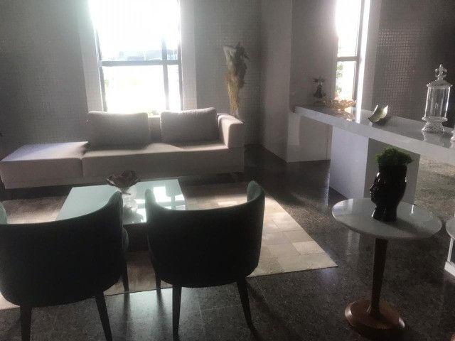 Apartamento com 3 quartos, sendo 1 suíte máster com varanda + DCE e área de lazer completa - Foto 8