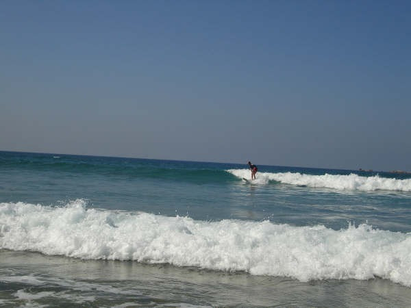 Aulas de surf, standup, natação, mergulho e sandboard - Foto 3
