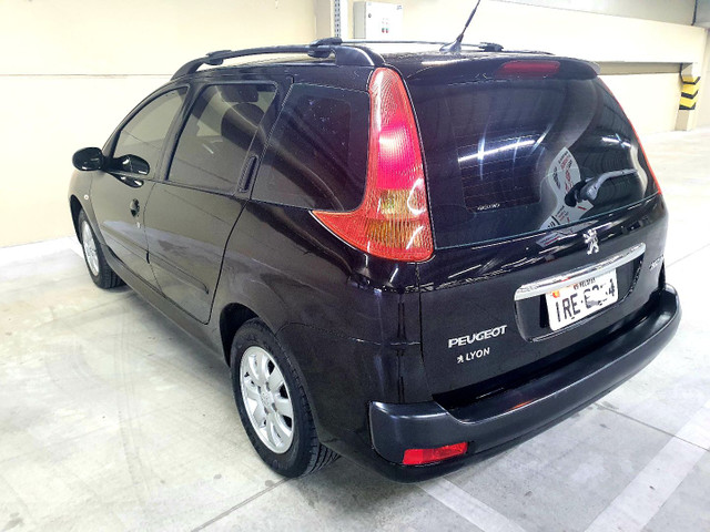 Peugeot 207 SW 1.4 XR Sport 2011, na cor Preto perla - Foto 7