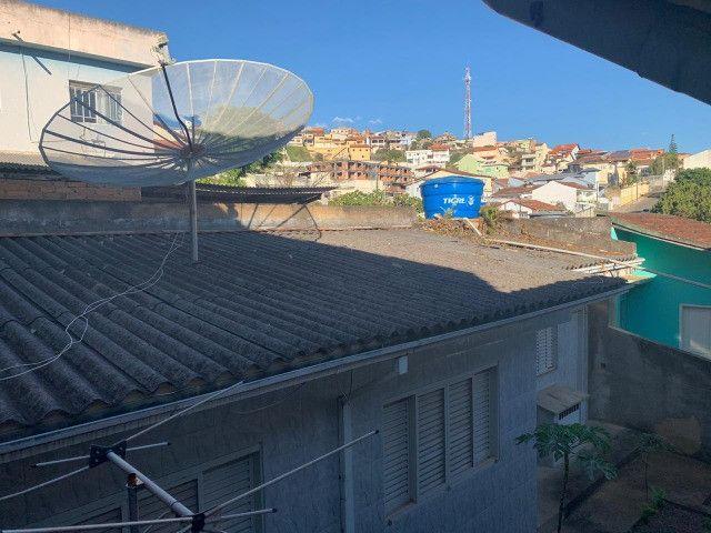Vendo - Casa com três dormitórios com varandas em São Lourenço/MG - Foto 3