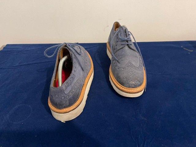 Sapatos ingleses, azul marinho, Grenson, linha esportiva, solas de borracha.  - Foto 4