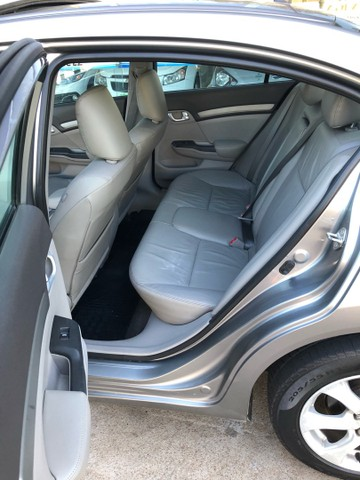 Civic EXR 2.0 aut 2014 - Foto 18
