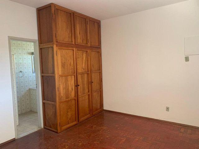 Vendo - Casa com três dormitórios com varandas em São Lourenço/MG - Foto 10