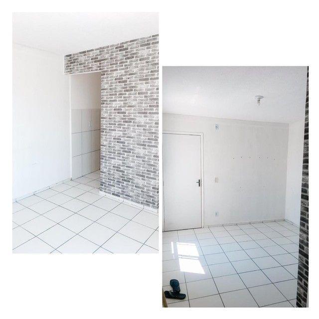 Alugo apartamento com 2 quartos