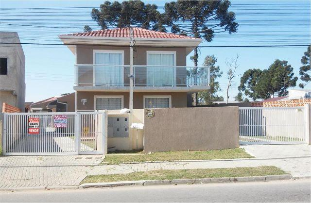 Casa no Umbará ótimo local próx. a Av. Nicola Pellanda. 220.000 aceita carta e financia