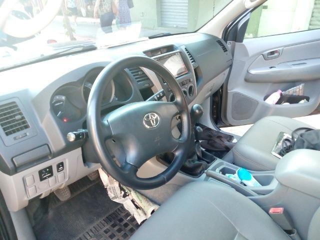 Toyota Hilux SRV D4-D 4x4 3.0 TDI Diesel - 2008 - Foto 4