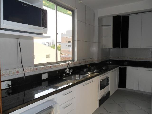 Apartamento Mobiliado, com 03 dormitórios - Água Verde - R$ 1.300,00 + taxas - Foto 6