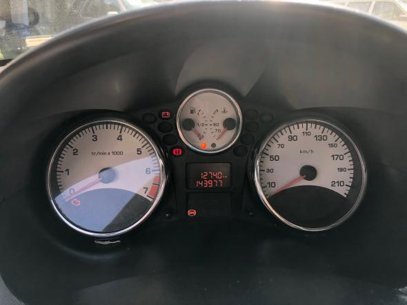 Peugeot 207 Sedan Passion XS 1.6 completo - Foto 10