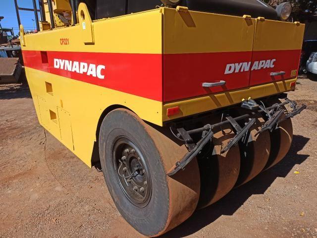 Rolo Compactador de Pneus Dynapac CP221 Ano 2008 Apenas 840 Horas - Foto 3