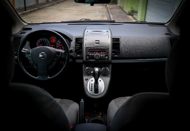 Nissan Sentra 2.0 S Flex GNV Automático em perfeito estado - Foto 8
