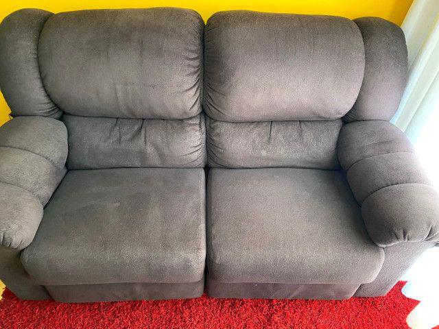 Sofá 2 lugares reclináveis  - Foto 2