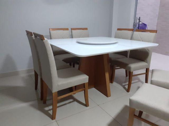 Mesa de jantar quadrada madeira e pintura laka