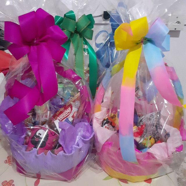 cestas decoradas p funcionários panificadoras - Foto 3
